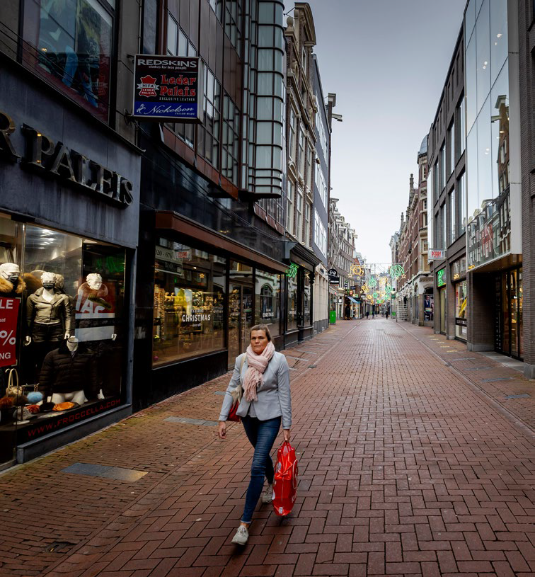 Will Clothing In The Shops – After The Lockdown – Be Out Of Fashion?